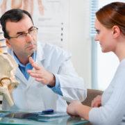 какой врач лечит остеохондроз