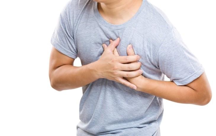 Почему возникают боли в сердце при остеохондрозе