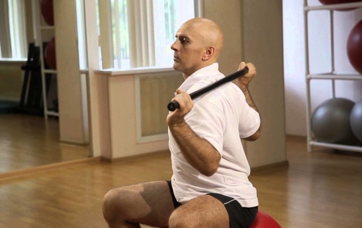 Упражнения для лечения шейного остеохондроза в домашних условиях