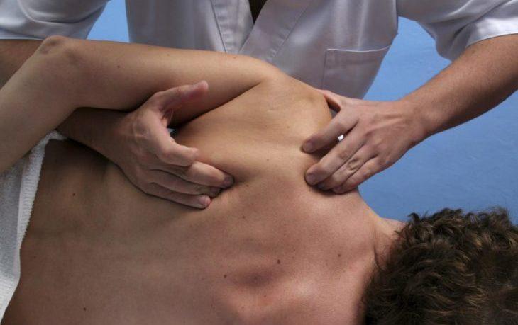 Основные симптомы и лечение остеохондроза грудного отдела позвоночника