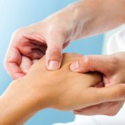 остеохондроз немеют руки